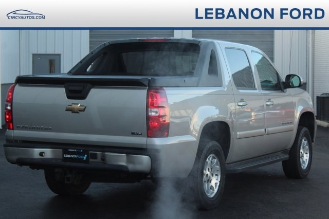Pre-Owned 2009 Chevrolet Avalanche 1500 LT